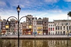 Schiefe Häuser in Amsterdam
